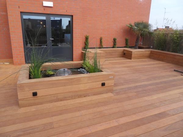 bois ip top lame de terrasse bois exotique photos lames de terrasse bois exotique prix pas cher. Black Bedroom Furniture Sets. Home Design Ideas